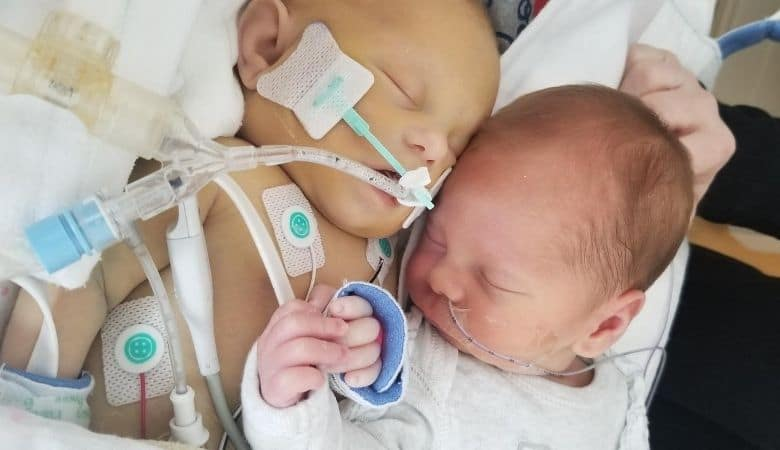 pumping for the love of twin babies lost