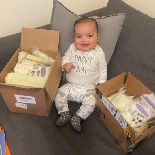 Baby sharing donor milk
